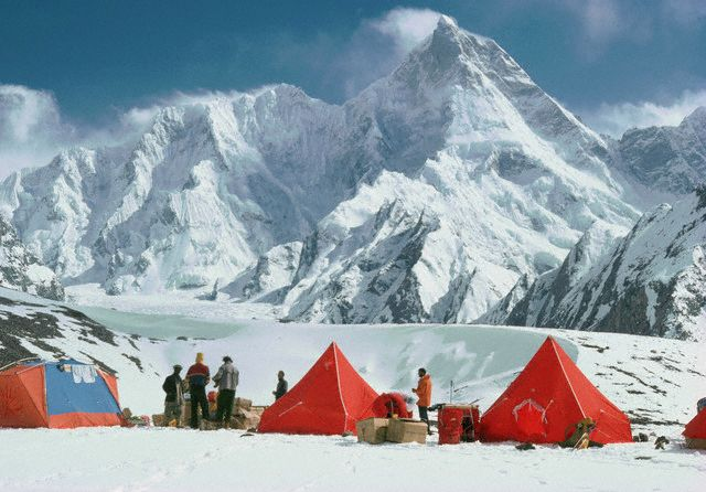 Masherbrum-base-camp-trek-Karakoram-Pakistan